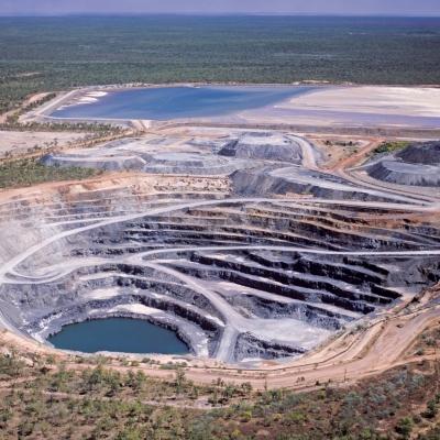 Rudarjenje in predelava uranove rude