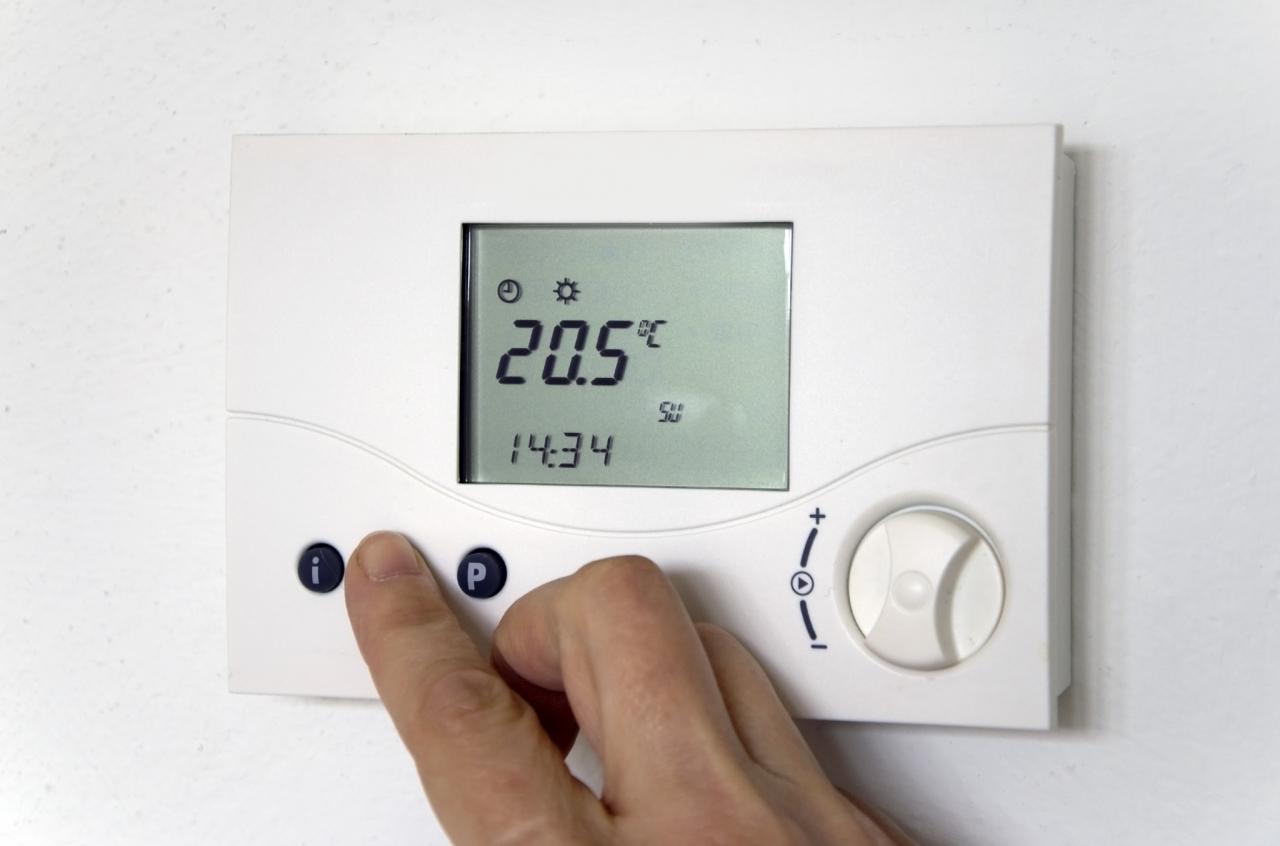 Klimatska naprava ob delovanju proizvaja električno energijo