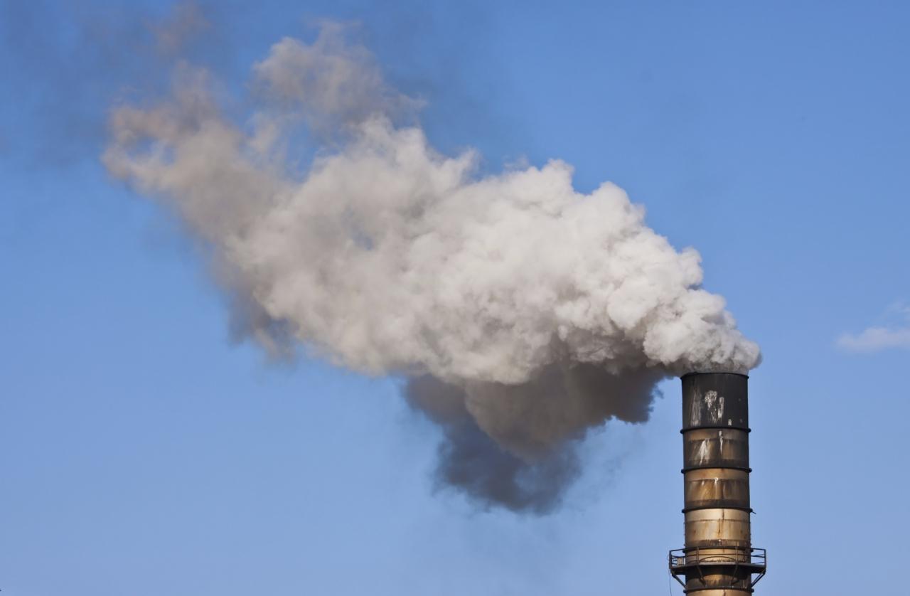 Količine izpustov ogljikovega dioksida še vedno previsoke