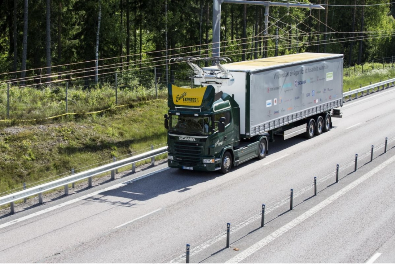 Na Švedskem preizkušajo prvo elektrificirano avtocesto (Foto: Scania)
